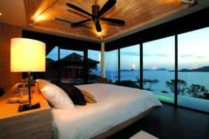 09-pool-villa-master-bedroom
