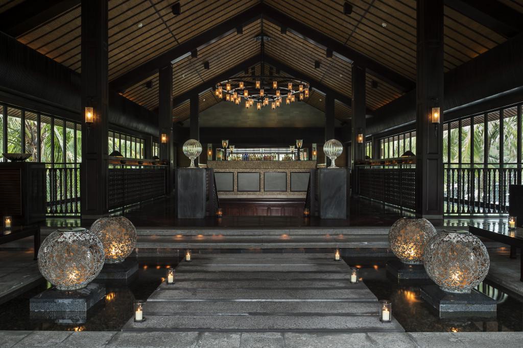 NAM-Dining-The Bar-Entrance_v-1