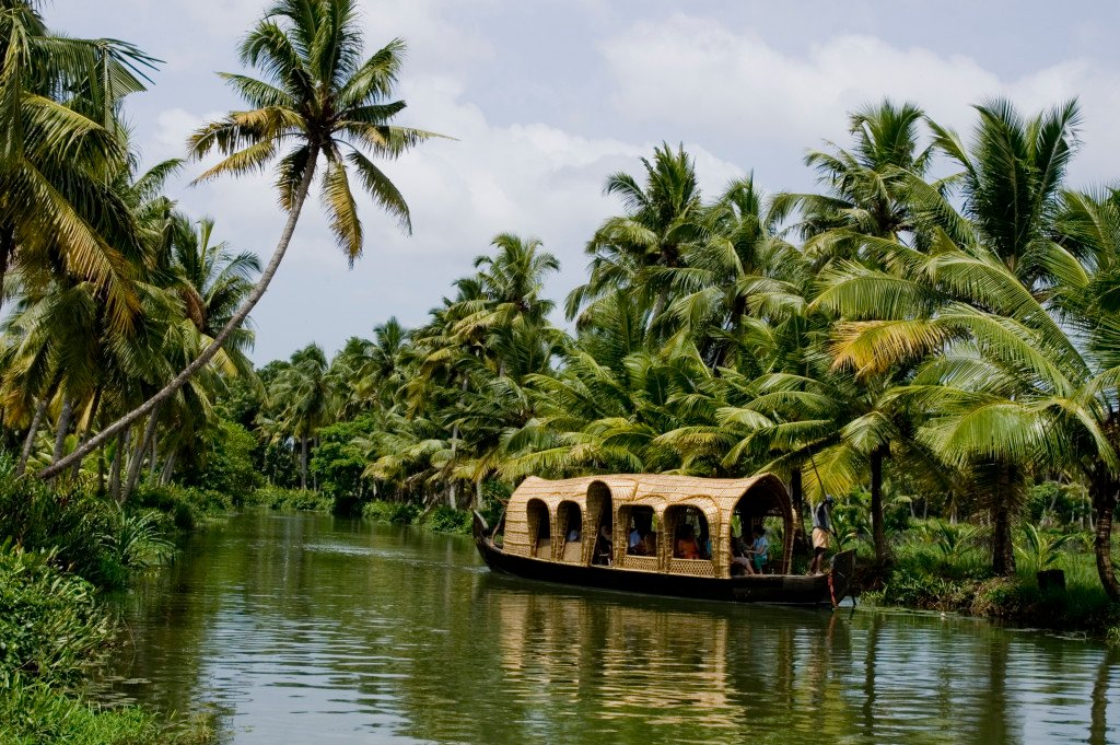 houseboats_in_kottayam_2_438