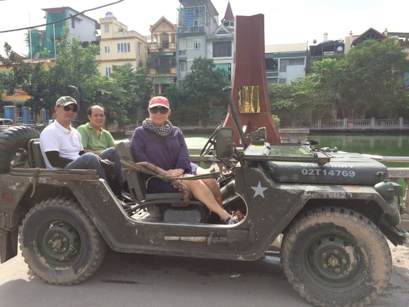 hanoi-out-with-the-boys