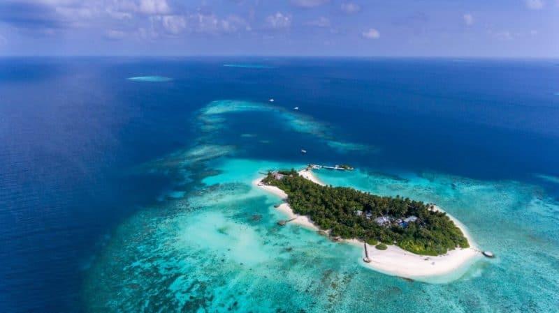 Birds eye view of Makunudu private island resort in the Maldives