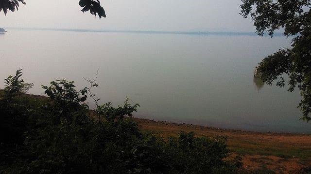 the water body leading to Bhakra Dam in Himachal pradesh