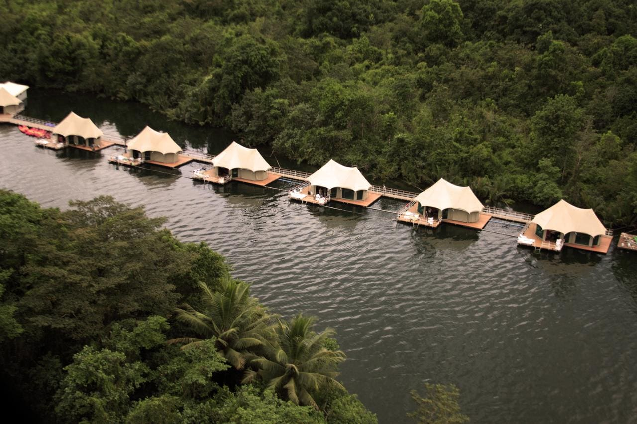 4 Rivers Best Floating Resort Cambodia