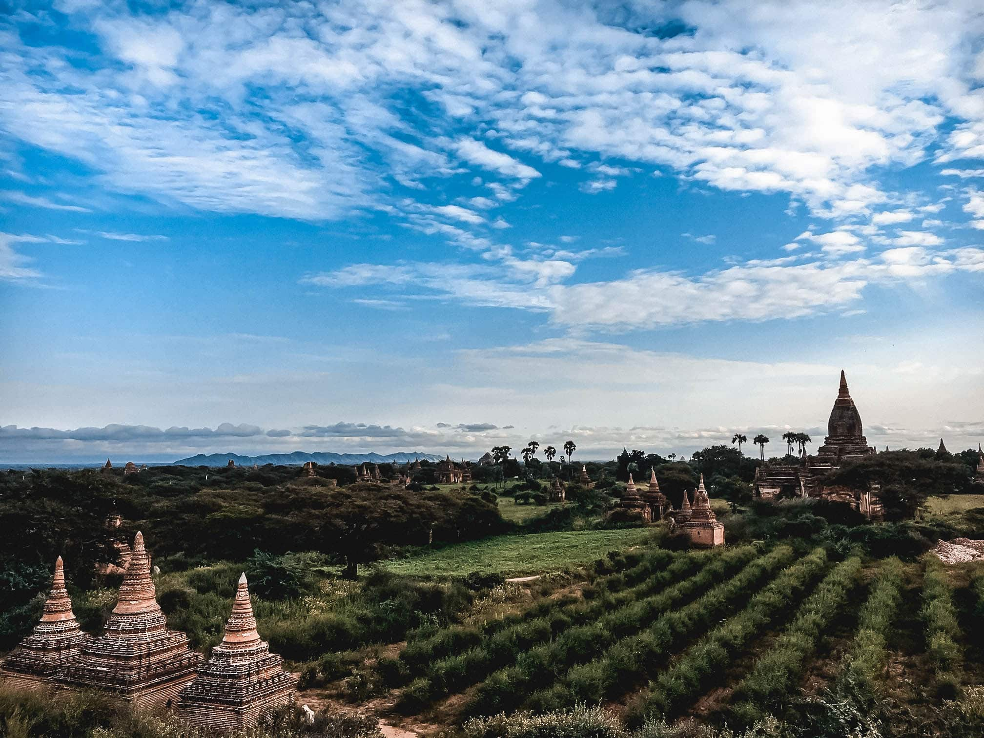 Temples of Bagan away from the crowds