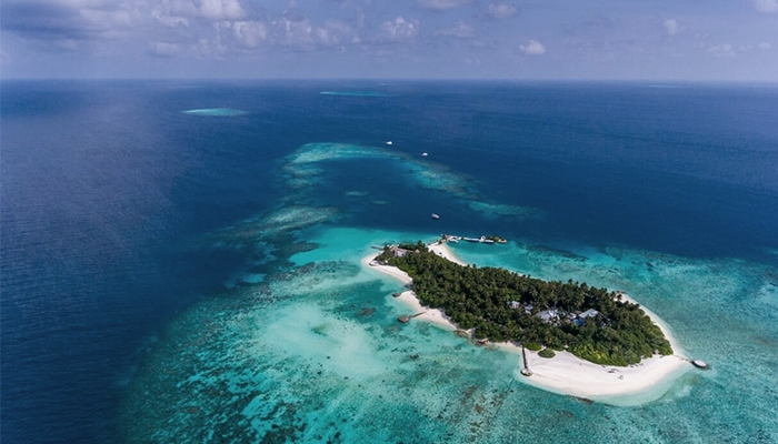 Ariel view of Makunudu Resort