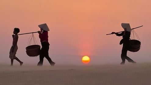 Sunsets  and sunrises can be appreciated from Vietnam's many coastal hotels
