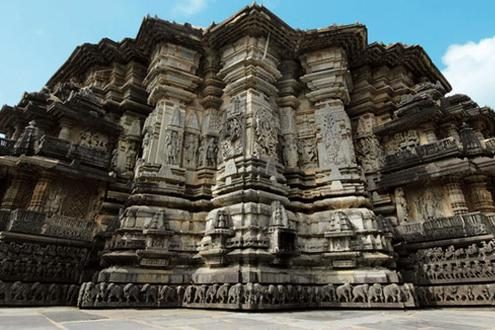 Hoysala Temples Of Belur And Halebid
