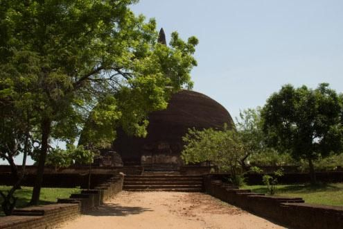 Rural cycling and Polonnaruwa