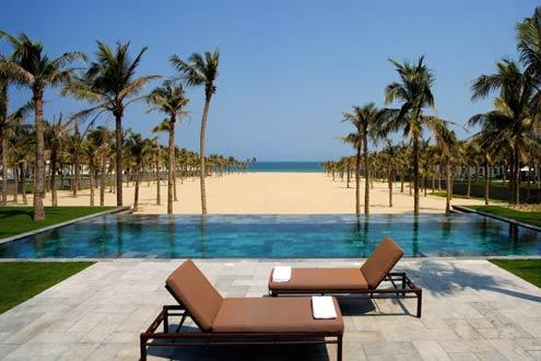 Classic Vietnam & Luxury Beach