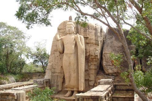 Aukana Standing Buddha