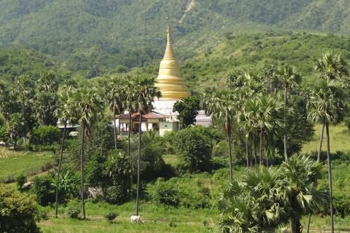 Trek from Kalaw to Lake Inle
