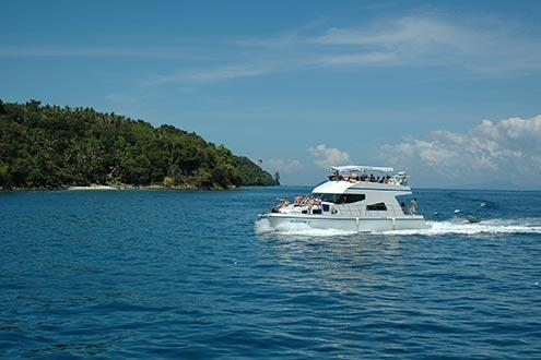 Phi Phi Island by Speedboat (day tour from Phuket)